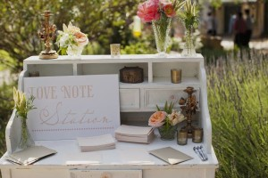 Vintage Peach Wedding Love Note Station
